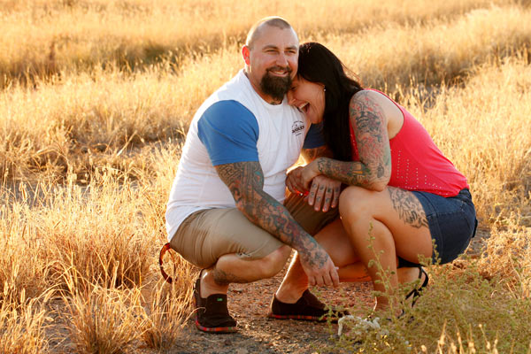 Outdoor family and couple photos in the Pilbara WA